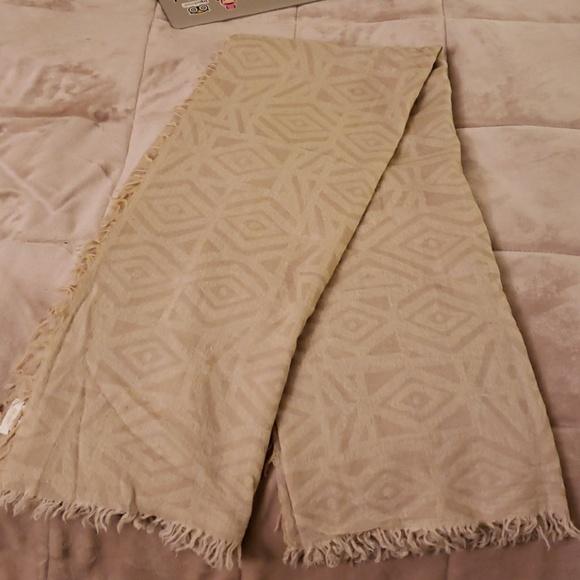 11a7bcf704a08 Aritzia Accessories | Wilfred Mosaic Blanket Scarf | Poshmark